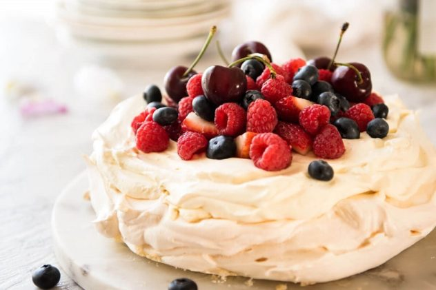 desert pavlova klassicheskij recept