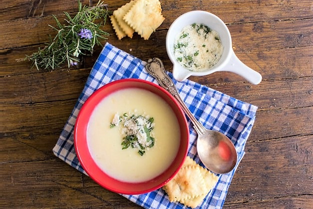 kartofelnii sup pure s molokom