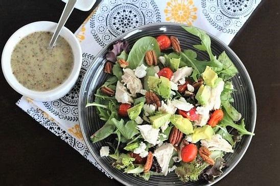 salat kurica i avokado