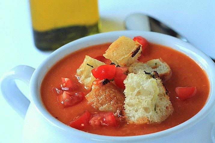 toskanskij tomatnyj sup