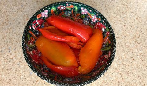 Перец запеченный целиком или Как запечь перец в микроволновке