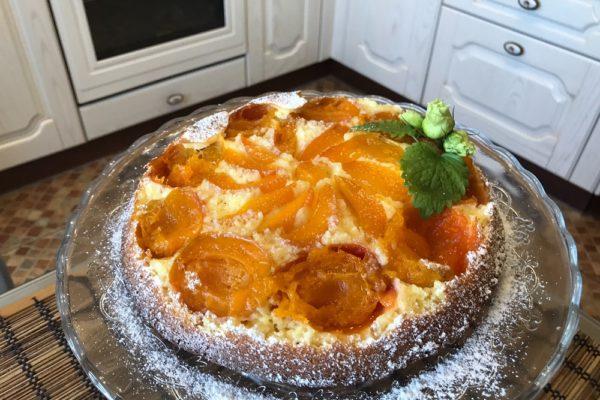 Pirog voshititelnyj s abrikosami
