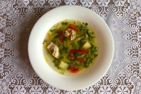 Суп из цукини с болгарским перцем в мультиварке и без