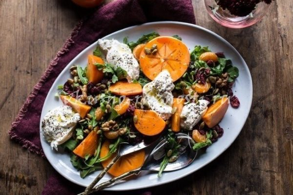 Salat s hurmoj