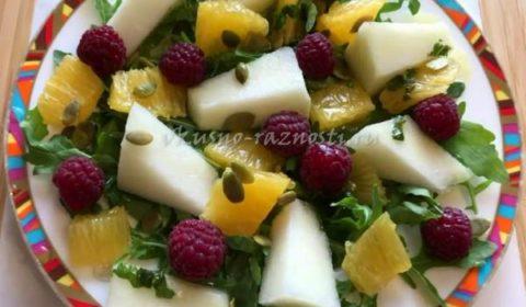 Салат с дыней рецепт с апельсином, малиной и мятной заправкой