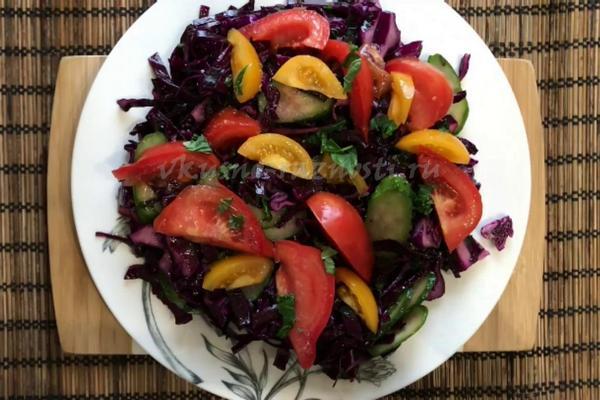 Salat iz krasnokochannoj kapusty' svezhej recept s foto i video