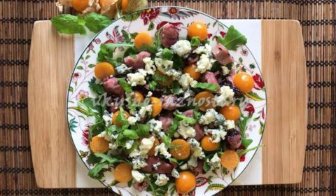 Salat s os'minogami recept s gorgonzoloj i fizalisom