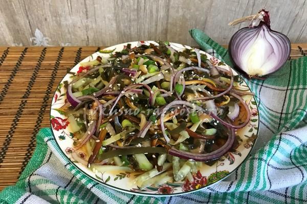 Prostoj salat iz morskoj kapusty'