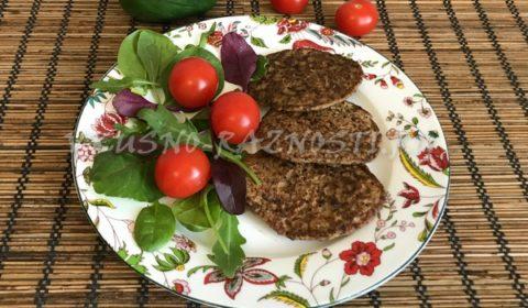 Печеночные оладьи из куриной печени рецепт ПП с овощами